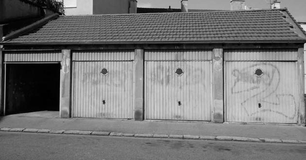 Julien voulait investir 15000 euros dans deux garages