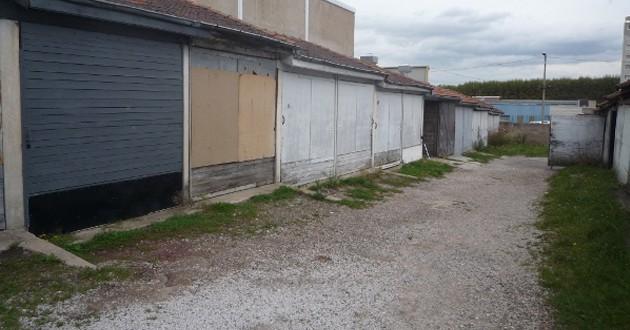 Je cherche à vendre mes garages situés à Saint Etienne