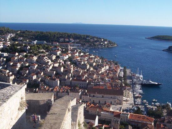 Vue de la forteresse de Hvar